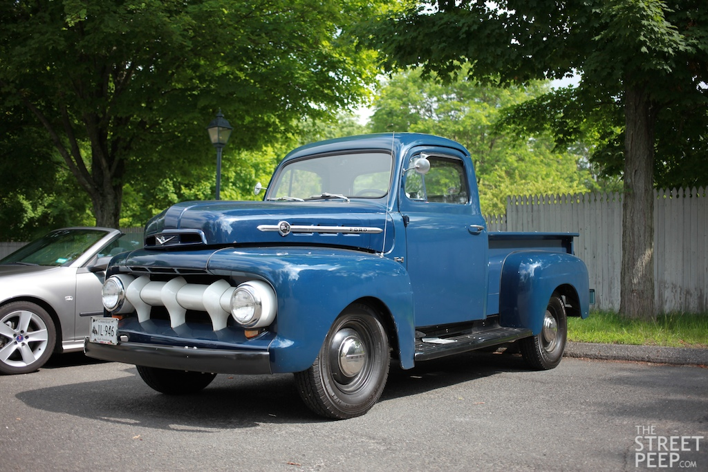 The Street Peep 1952 Ford F1