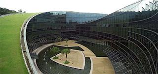 Nanyang University, Singapore 2 - 7 Gedung Sekolah Berbentuk Unik di Dunia