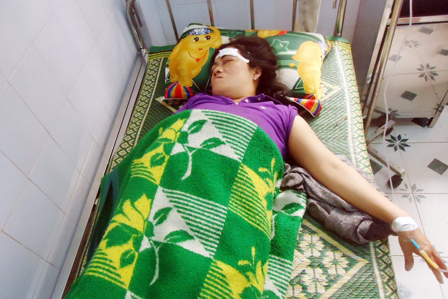 Kon Tum: Chánh Thanh tra Sở Y tế dùng cuốc bổ vào đầu người dân