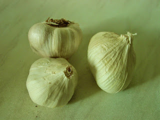 Garlic and broccoli to the body fight cancer cells