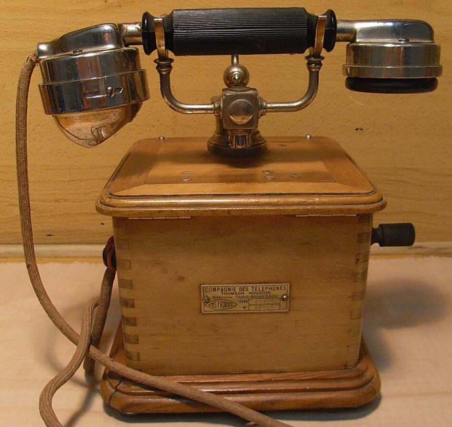 Every little thing los muebles y objetos antiguos de oficina for Compra de objetos antiguos