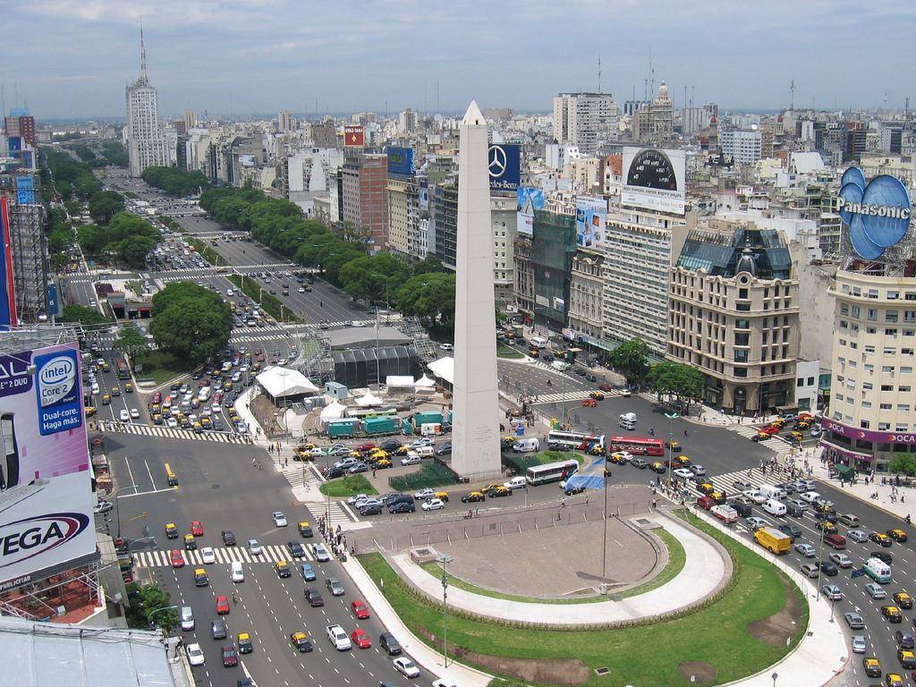 http://1.bp.blogspot.com/-cKFLuUfQ0do/TygCCPSC1QI/AAAAAAAAD3w/fp-Q-hz8DWE/s1600/Buenos-Aires-fondo-724216.jpg