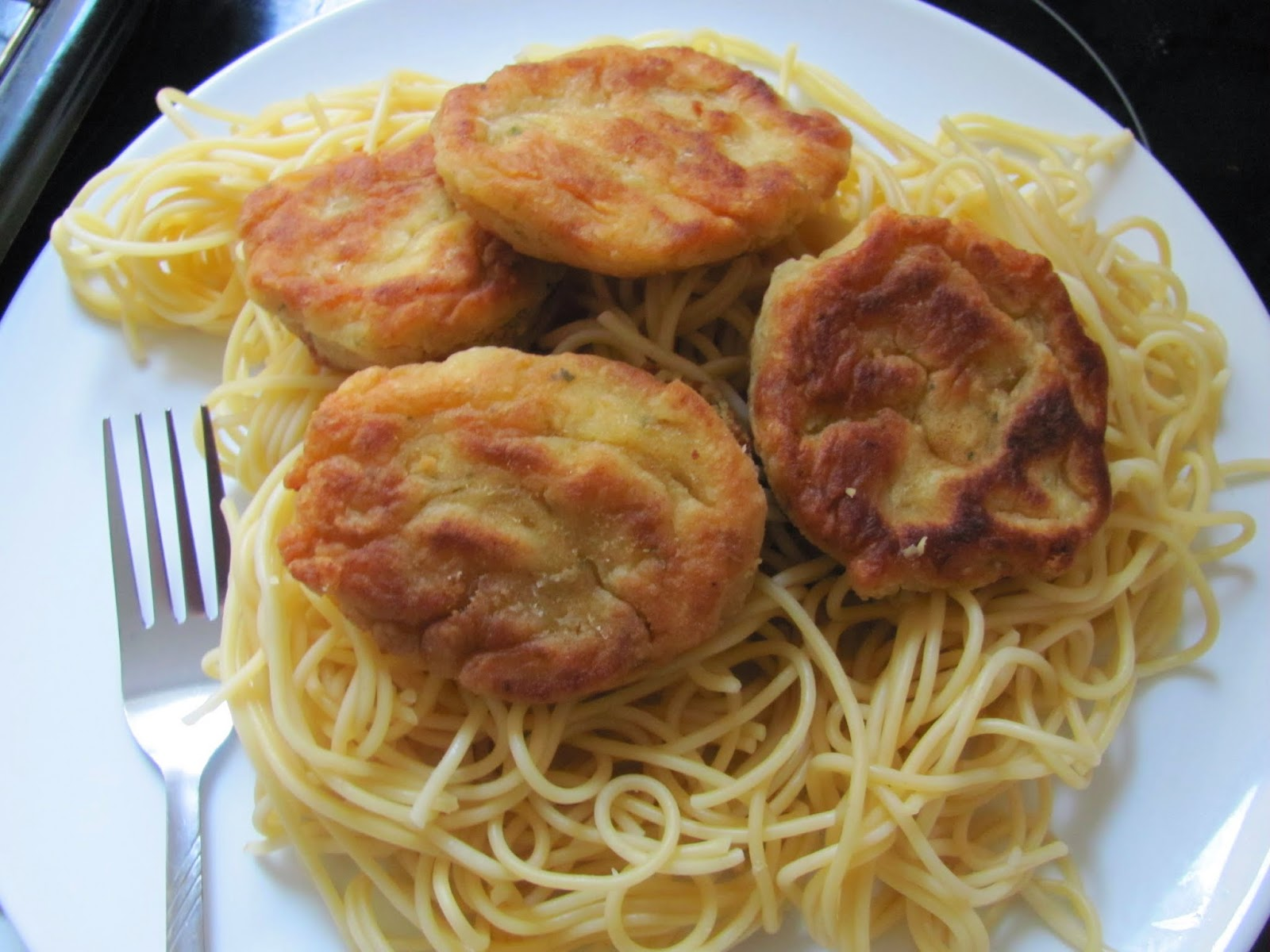 Falafel Balls on Spaghetti