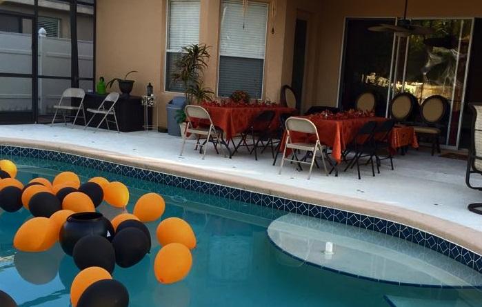 table halloween ideas - Halloween Pool Decorations