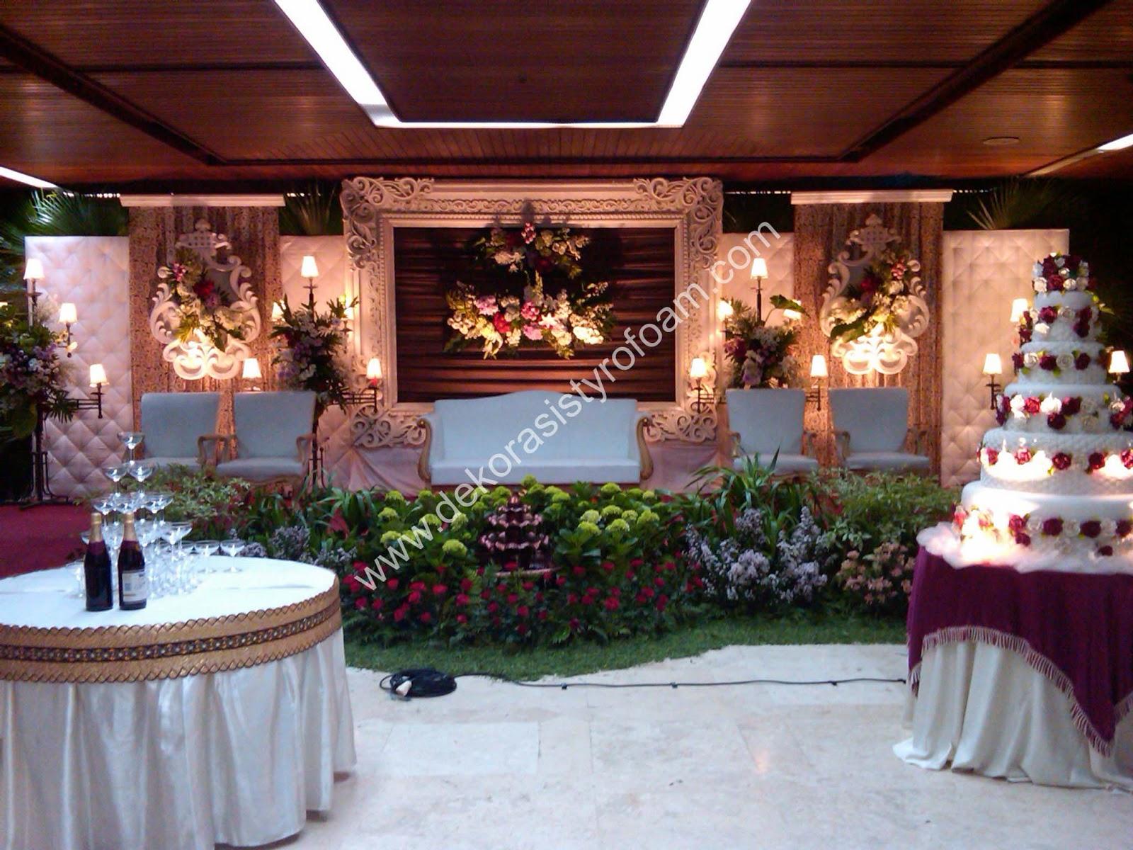 Dekorasi styrofoam dekorasi pelaminan a 5 for Dekorasi lebaran hotel