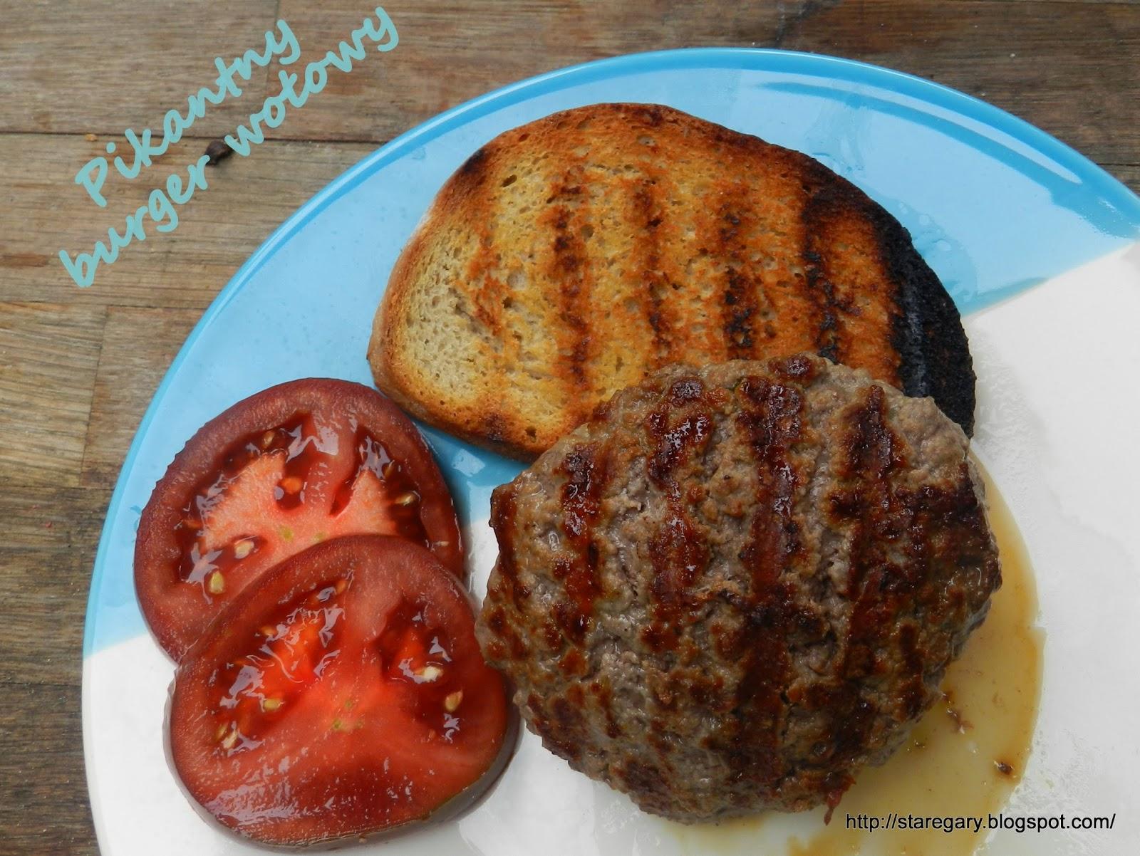 Pikantny burger wołowy