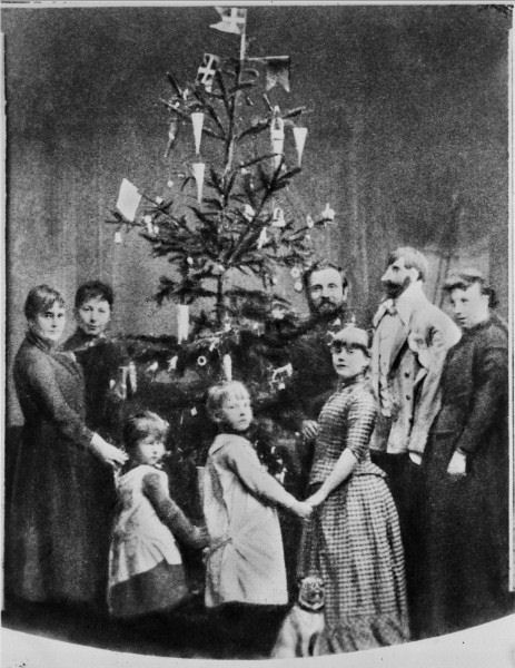 victorian christmas tree with flags and paper cones for candies or nuts on it ca late 1840s - Victorian Christmas Trees