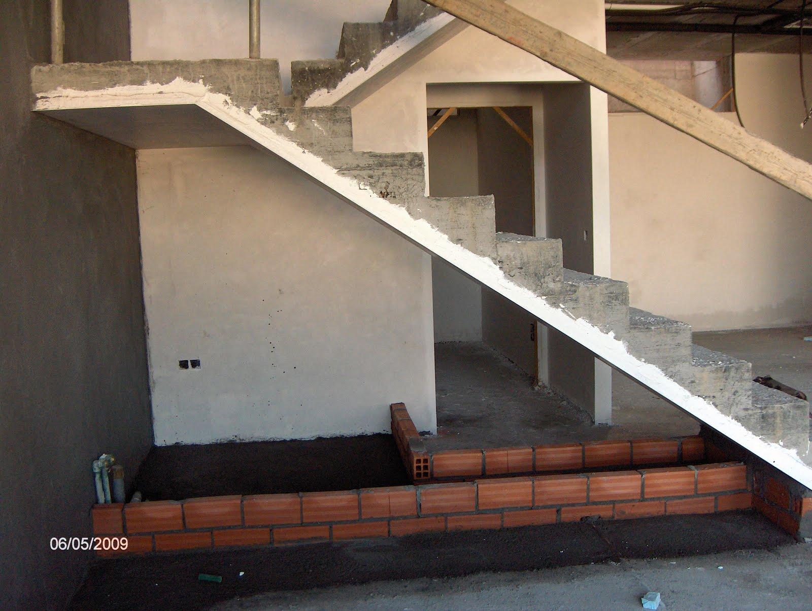Mis interior blog de decoraci n arte interiorismo for Chimenea bajo escalera