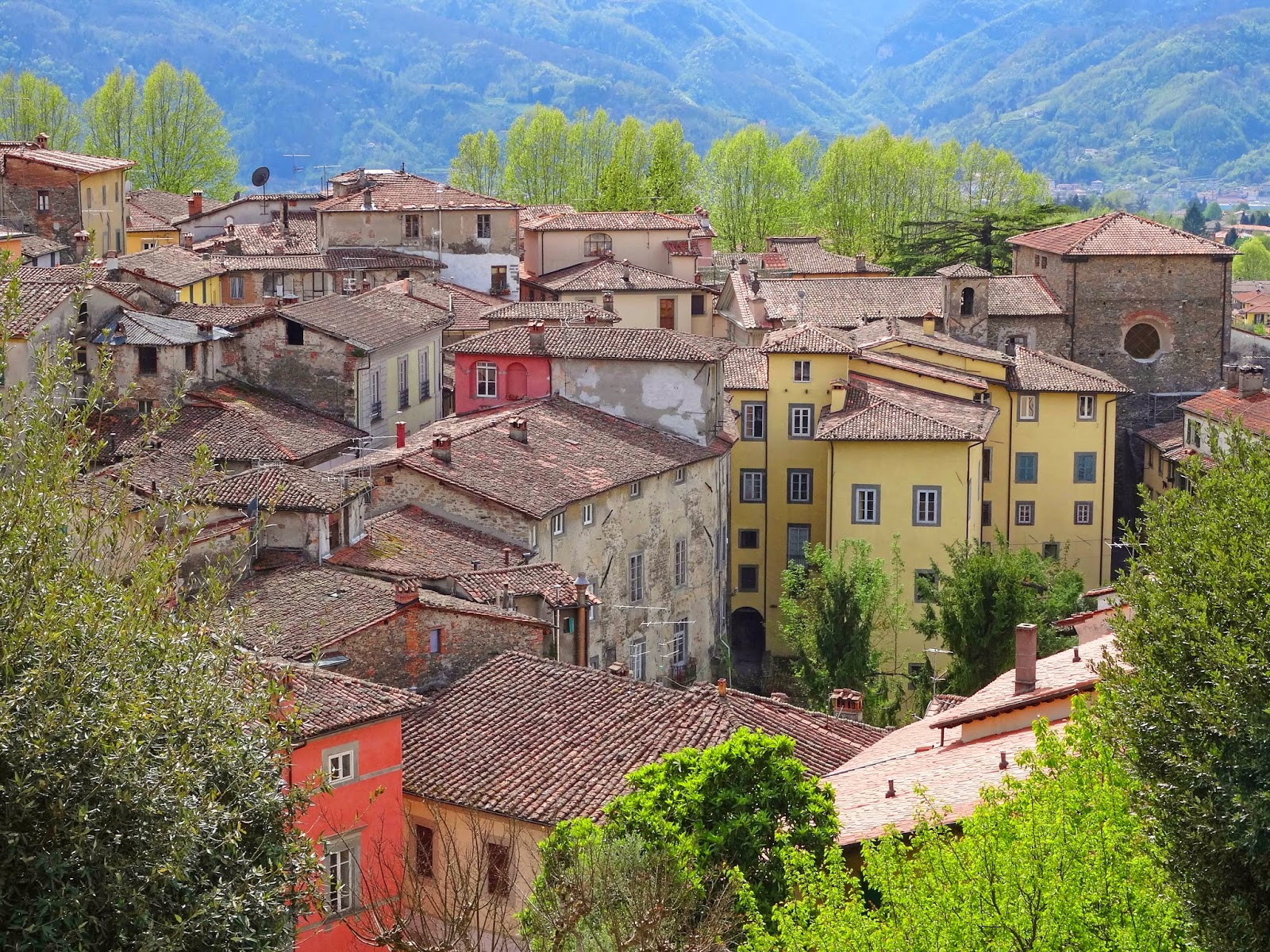 Barga Italy  city photo : Joe's Retirement Blog: Barga, Lucca, Tuscany, Italy