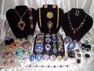 Selling gold jewelry for cash ,how to sell gold jewelry for cash ,selling gold jewelry ,sell gold jewelry for cash , sell gold for cash , selling gold , selling gold jewelry tips ,sell gold jewelry