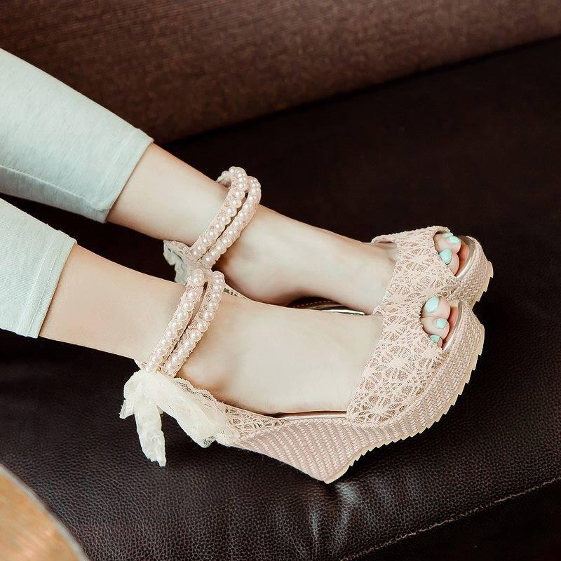 Ladies' Beaded Shoes