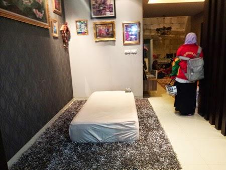 Suasana Foto Terkini Suasana Rumah Duka Olga Syahputra