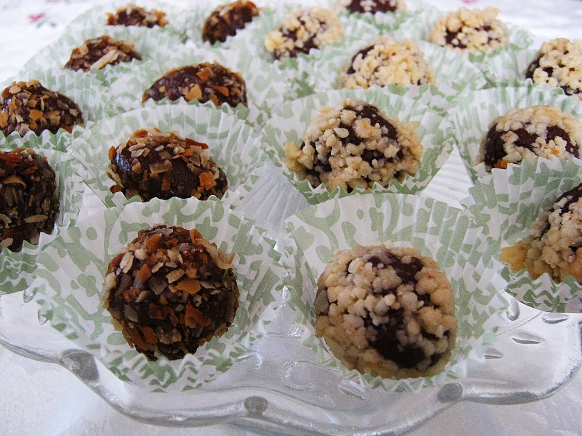 Let the Feasty Begin: Easy Chocolate Truffles
