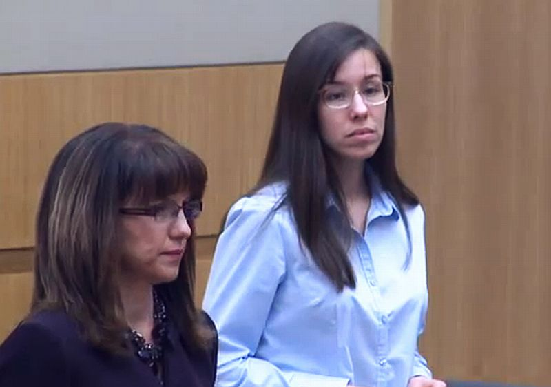 Jodi Arias appears in court on April 3, 2013, before it was learned ...