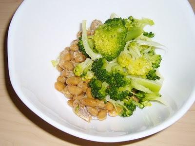 納豆にブロッコリー