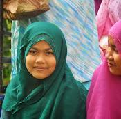 "Upacara ""Ma arak"" Anak Pisang pada Budaya Minang Pesisir (klik kanan gambar)"