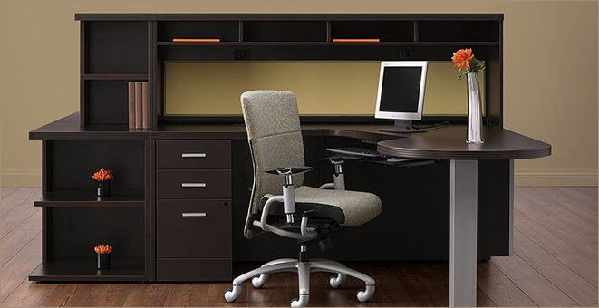 A Common Dilemma Encountered Commonly By Those Ping For Office Furniture Is Whether To Go With Laminate Or Veneer Casegoods