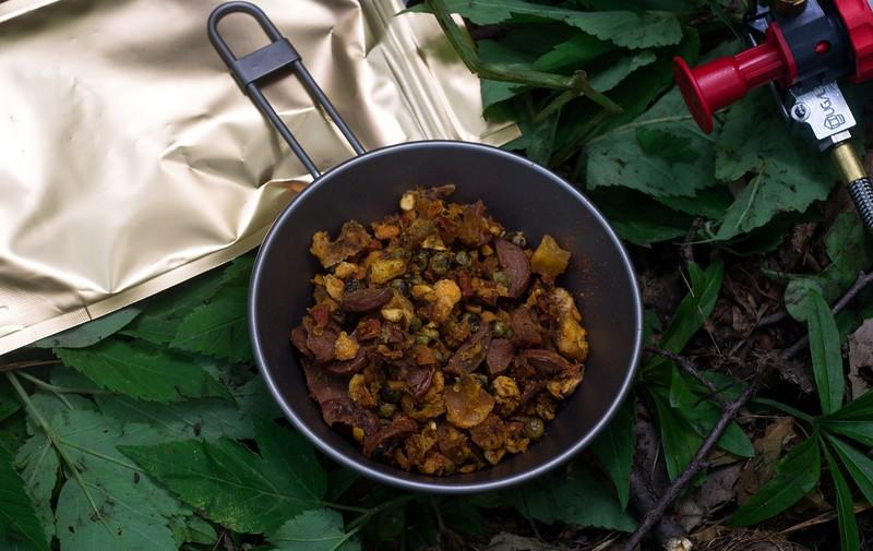 Салат из печени трески  очень вкусные рецепты с пошаговым