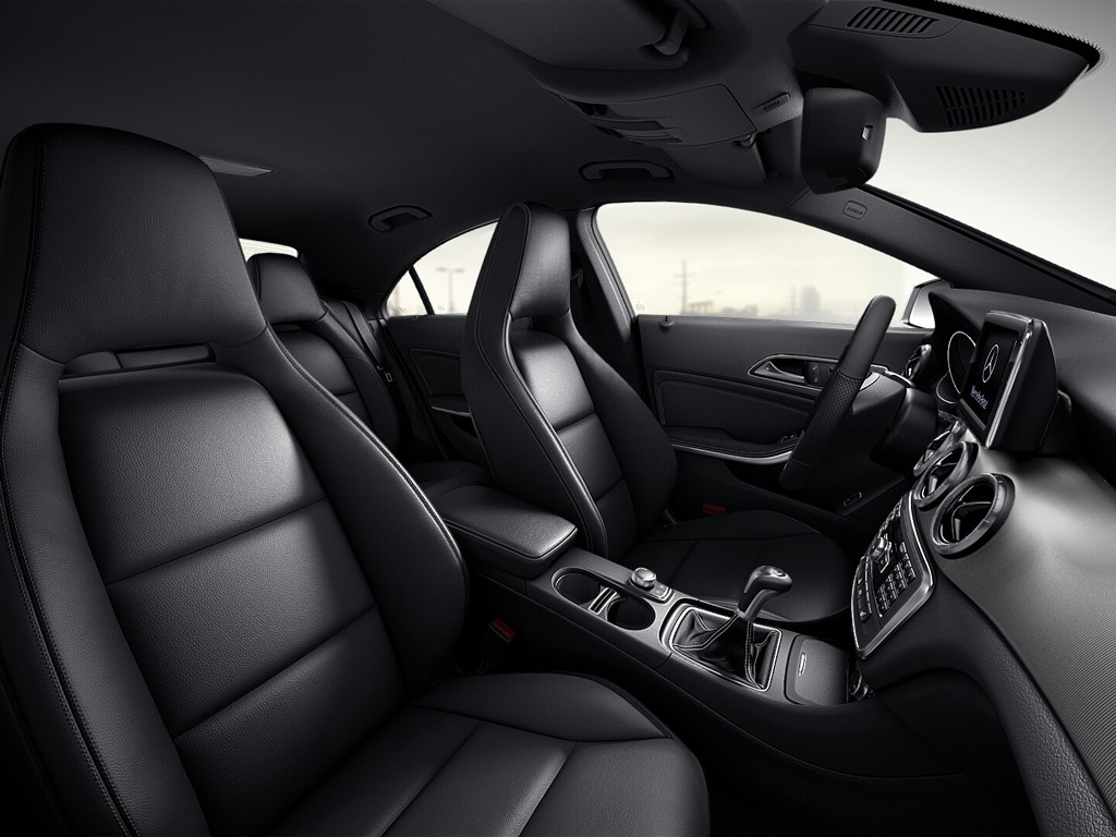 Mercedes benz 2014 cla interior combinations mercedes for Artico interieur