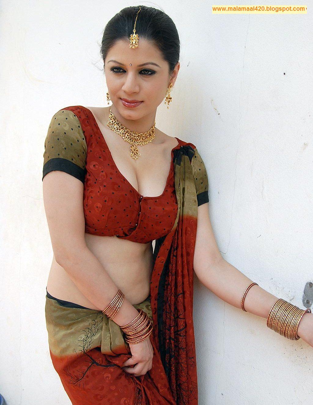 Mallu Bhabhi Charu Arora Hot Red Navel Bikini Pictures Sey
