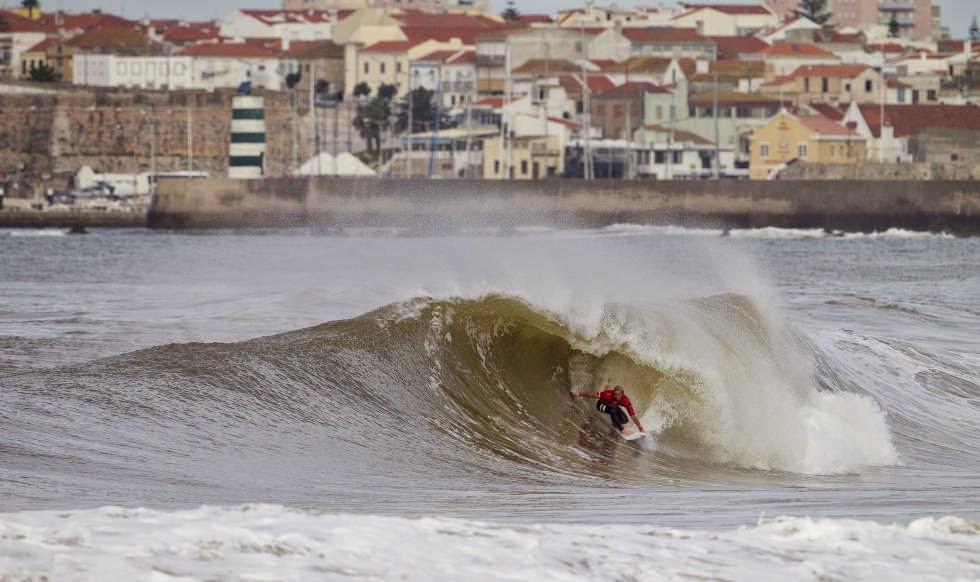 70 2014 Moche Rip Curl Pro Portugal Nat Young Foto ASP Damien Poullenot Aquashot