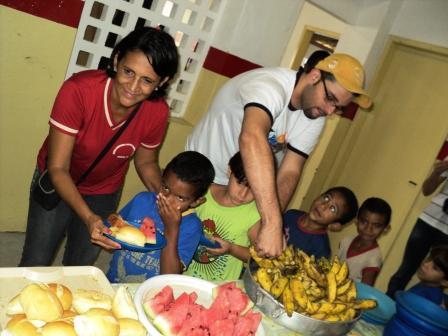 Religiosos da Ordem Santo Agostinho visitam escola municipal de Limoeiro e se encantam com projeto social