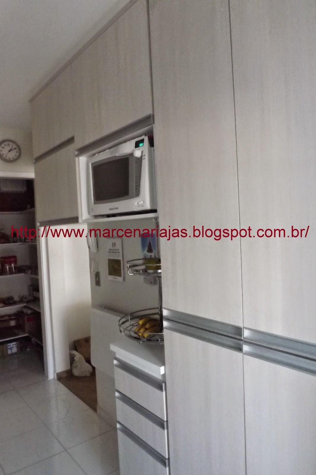 Marcenaria J A S Cozinha embutida até o teto # Armario De Cozinha Vai Ate O Teto