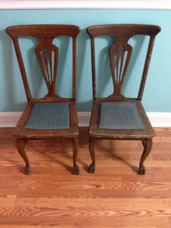 Pair Of Oak Claw Foot Dining Chairs (Pittsburgh)