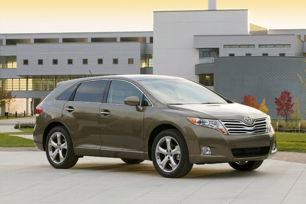 2011 toyota venza review. Black Bedroom Furniture Sets. Home Design Ideas