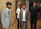 Dhanush at Idea film fare awards-thumbnail-20