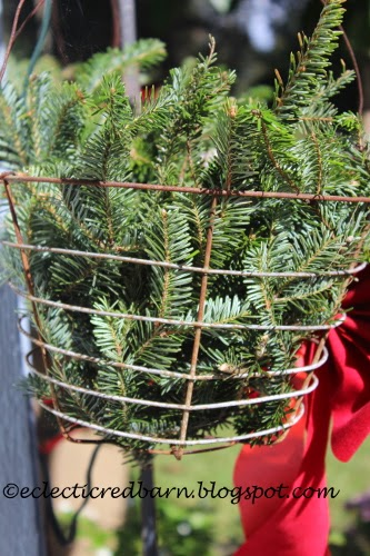 Eclectic Red Barn: Pine wire basket