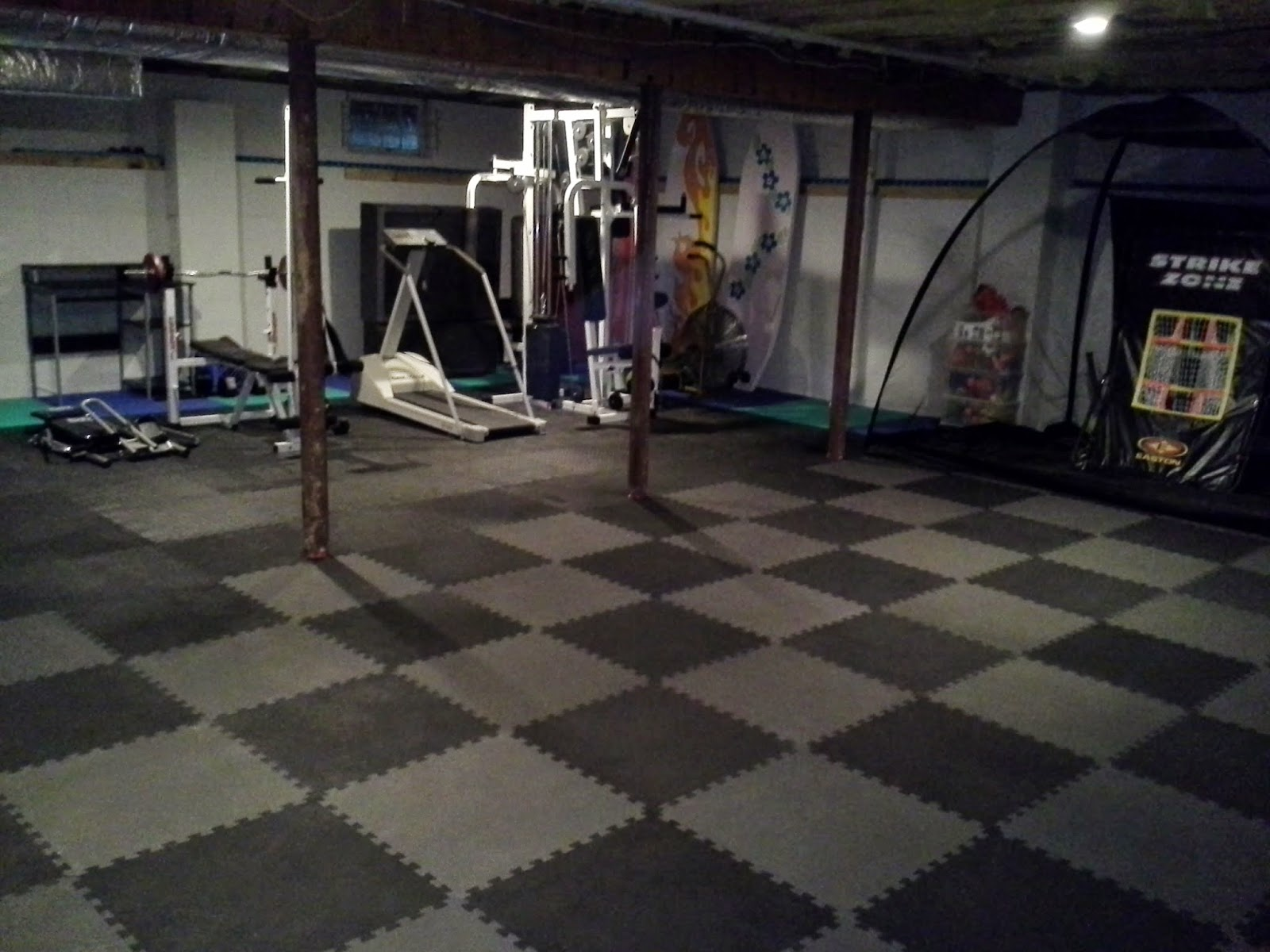 Rubber floor mats for basement - These 2x2 Foam Mats Can Be Used In Basements Directly Over Concrete They Are Available With Border Strips Which Allow You To Turn Any Center Tile Into A