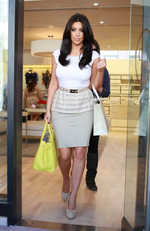Kim kardashian s neon and neutral look