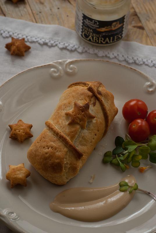 hojaldre de solomillo con salsa al Cabrales