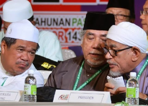 PRES HADI POLICY SPEECH SOLID WITH P'TAN FEARED BY UMNO UG SNEAKERS N UMNO ADDICTS IN PAS ! CONGRAT