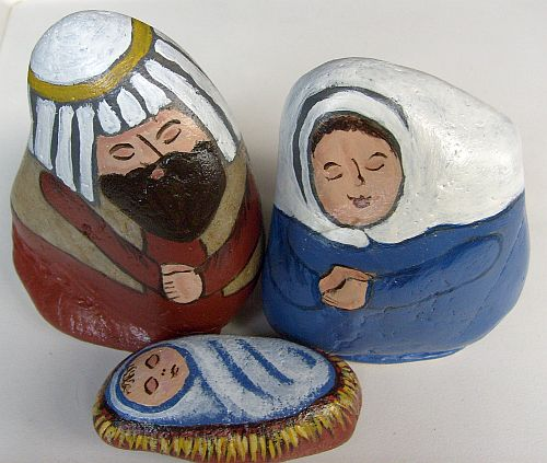... Stone Animals, Nativity Sets & More: Unique Painted Rock Nativity Sets