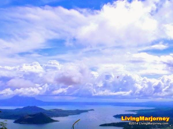 Taal-Lake-Tagaytay via Woman-In-Digital