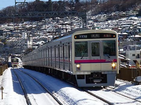 京王電鉄 準特急 高尾行き 7000系(2014大雪のため運行)