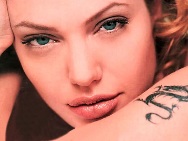 Angelina Jolie Wallpaper 2012