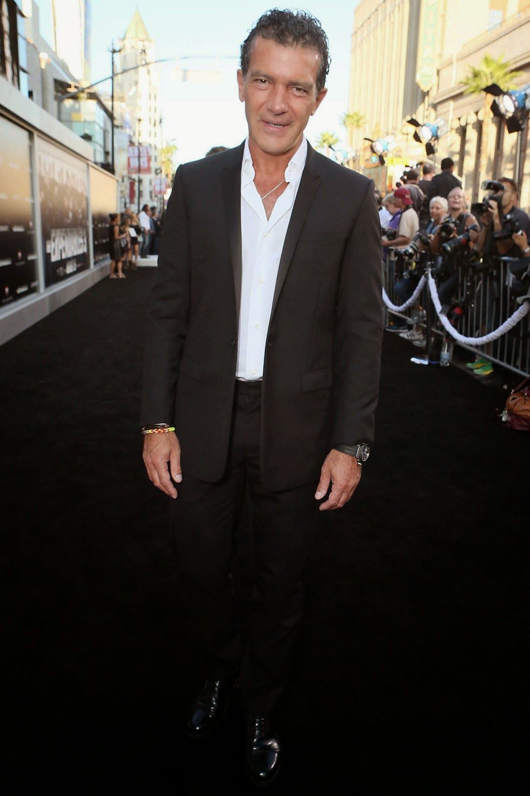 WIN Tickets to the Expendables premiere forecast