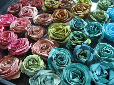 recycling paper: paper roses tutorial, craft idea for kids