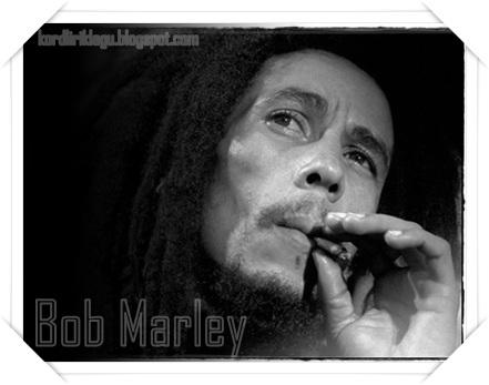 Lirik Lagu Bob Marley - One Love / People Get Ready Lyrics