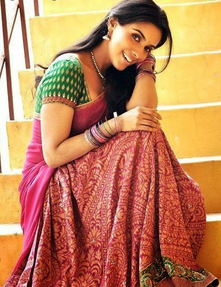 A, Asin, Asin Hot pics, Saree pics, HD Actress Gallery, latest Actress HD Photo Gallery, Latest actress Stills, Tamil Actress, Tamil Actress photo Gallery, Indian Actress, Actress, actress asin latest saree photos stills