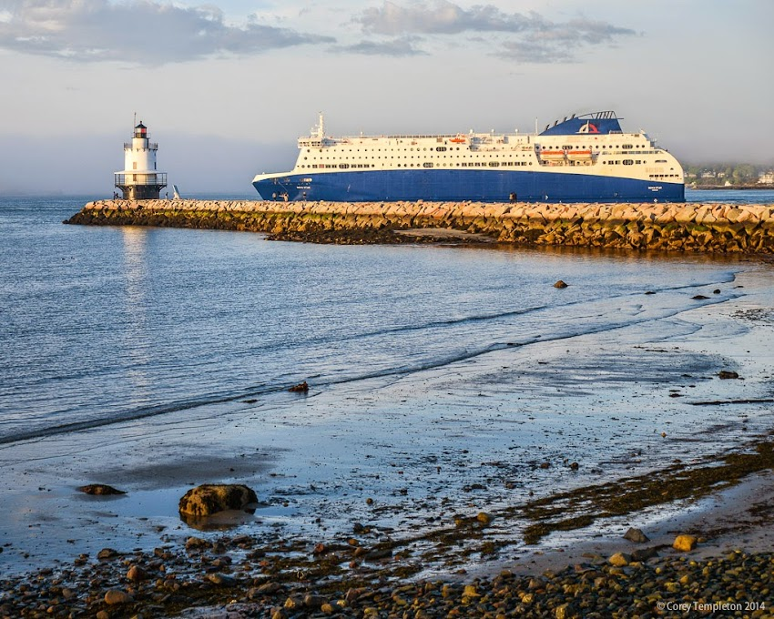 Nova Star Cruise Ship passing Spring Point Light in South Portland, Maine USA May 2014 photo by Corey Templeton