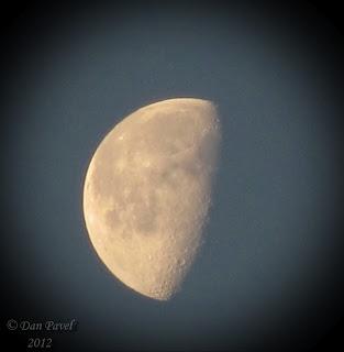 Luna la 6 dimineata!