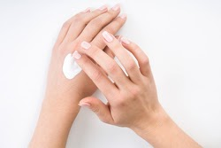 apply-hand-cream-French-Manicure