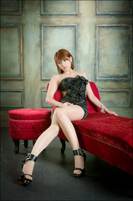 3 Lee Mi Jung in Black-Very cute asian girl - girlcute4u.blogspot.com