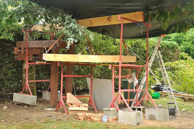 Mise en place de la structure du plancher cabane sketchup la cabane de prout et nonosse - Treteaux de macon ...