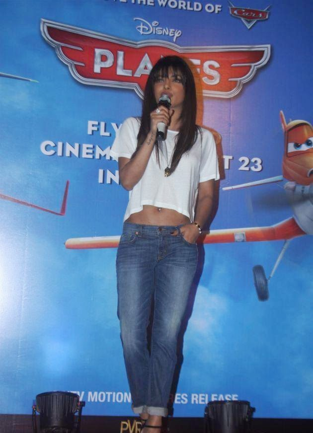 Priyanka Chopra :Priyanka Chopra Looks very Hot And Sexy At an Event in Tight Blue Jeans