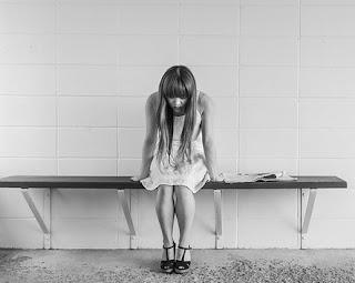 Përdhunon të Fejuarën e Menaxherit - i pakënaqur nga shërbimi celular